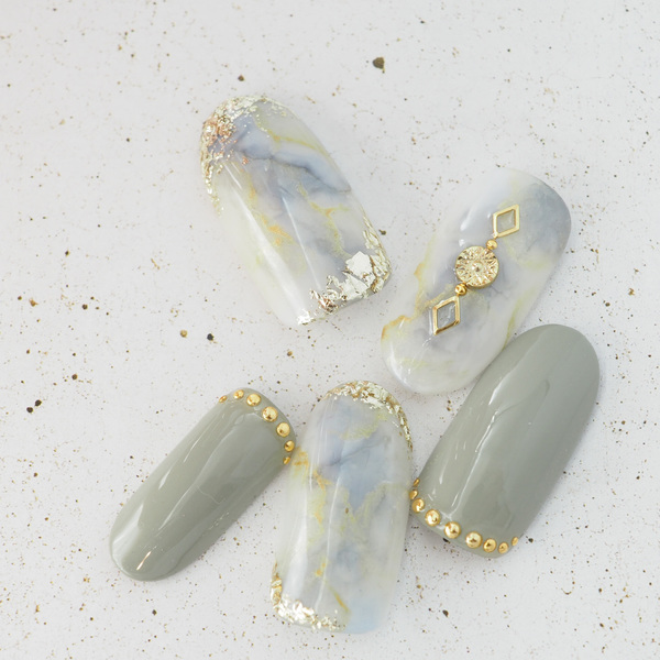Natural stoneのサムネイル